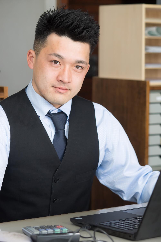 坂下 諒(営業)
